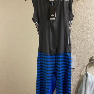 Women's Adidas Track & Field Suit / Size: M / New